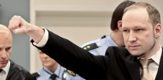 "Islamkritik-Ikone Anders Breivik klagt über ""Isolationsfolter"""