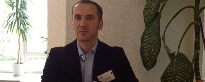 Dr. Aygün: Negativerfahrungen treiben Jugend in die Hände von Radikalen