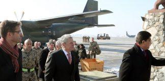 Gauck in Kabul empfangen - Gespräch mit Karsai