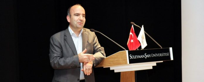 Die Ablehnung der Venedig-Kommission wirft Fragen auf