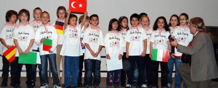 Eine Generation schaffen, die ihre Muttersprache wieder pflegt!