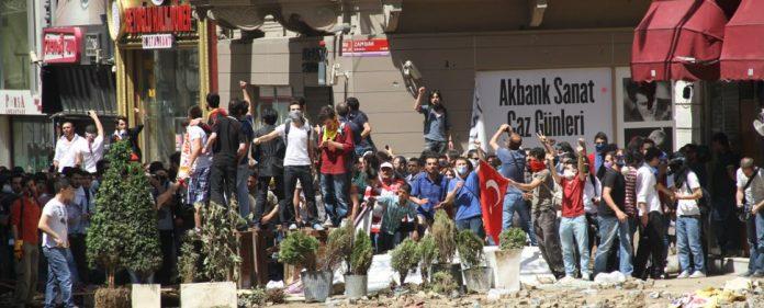 Demonstrationen gegen Erdoğans Politik weiten sich aus