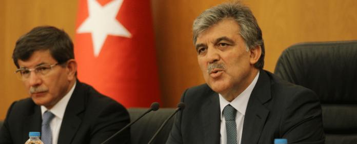 Abdullah Gül und Ahmet Davutoglu stellen klar, dass die Türkei sich an einem militärischen Eingreifen in Syrien beteiligen würde.