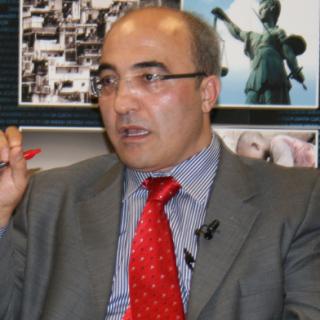 Prof. Hakan Yavuz will gegen den Spiegel klagen. Es geht um ein nicht von ihm stammendes Zitat.