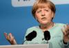 Im Sender TGRT Europe stellte Angela Merkel beispielsweise Visa-Erleichterungen für Türken bei Reisen nach Deutschland in Aussicht.