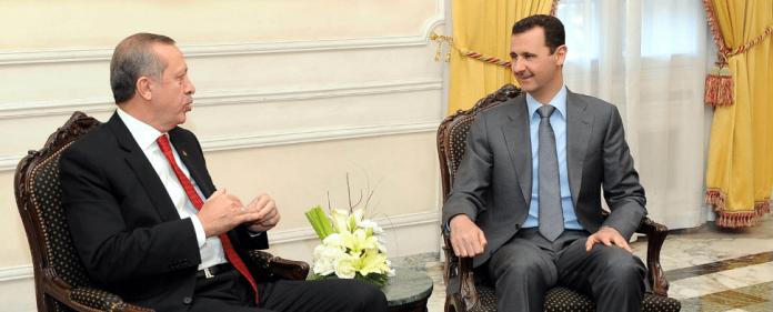 Der türkische Premierminister Erdogan bei einem Gespräch mit dem syrischen Machthaber Bashar al-Assad im Jahr 2010.