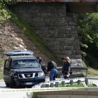Ein EU-Mitarbeiter wurde im Kosovo erschossen. Vor der Kommunalwahl wachsen die Spannungen zwischen der serbischen Minderheit und der albanischen Mehrheit.