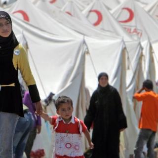 Die Menschenrechtsorganisation Pro Asyl hält die Aufnahme von 5000 syrischen Flüchtlingen in Deutschland für völlig unzureichend.