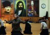Feier in einem alevitischen Versammlungs- und Gotteshaus (Cemevi) anlässlich der Geburtswoche des Propheten (Kutlu doğum) 2013.