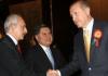 AKP-Chef und Premierminister Erdogan mit CHP-Chef und Oppositionsführer Kilicdaroglu.