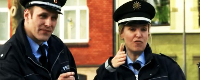 Screenshot aus dem Rap-Video der nordrhein-westfälischen Polizei.