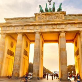 Am 20. und 21. November findet in Berlin, dessen Wahrzeichen das hier zu sehende Brandenburger Tor ist, das 1. Deutsch-Türkische Innovationsforum Energie statt.