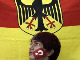 deutsch-türkisch: Beziehungen auf Kühlschrank-Temperatur