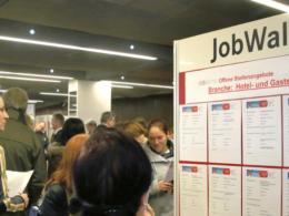 Menschen mit Migrationshintergrund häufiger ohne Job