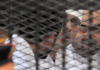 Die drei Revolutionsaktivisten in Ägypten, die zu drei Jahren Gefängnis verurteilt worden sind.
