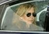 Die spanische Königstochter Christina sitzt am 05.04.2013 in einem Auto in Barcelona - dpa