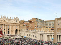 Papst traf Großscheich Ahmad al-Tayyeb im Vatikan