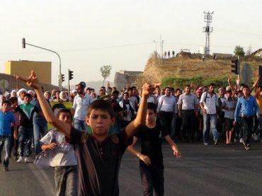 Rojava: Wie läuft es wirtschaftlich und politisch?