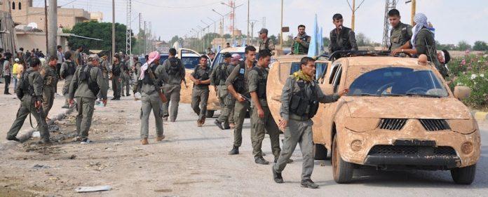ISIS-Vormarsch: Nachdem der militärische Druck auf die syrischen Kurden in den letzten Wochen gestiegen ist, wurde nun die Wehrpflicht in den kurdischen Gebieten eigeführt. Auch die PKK entsendet Kämpfer nach Syrien, um ISIS zu stoppen.