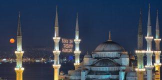 Die Sultanahmet Moschee ist die bekannteste Moschee der Türkei.
