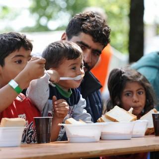 Flüchtling, Bettler, Flüchtlingsdebatte, Flüchtlingskrise