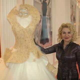 Brautkleid bestückt mit 5000 Pistazienschalen - IF Wedding Fashion İzmir