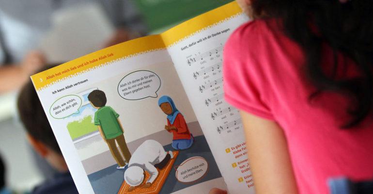 Bayern will Islamunterricht an Schulen deutlich ausweiten
