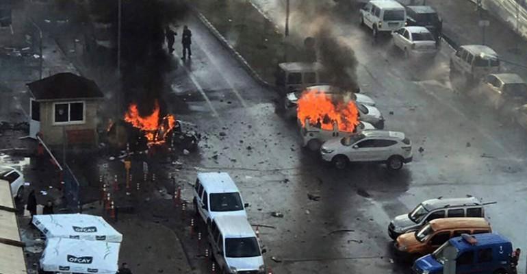 Bombenanschlag in Izmir