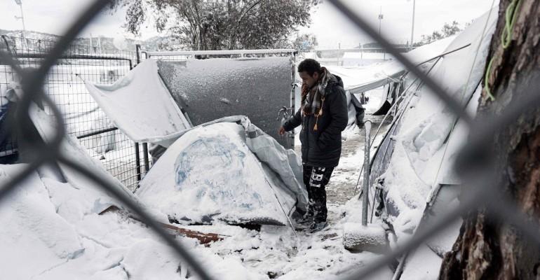 """""""Die Menschen verlieren die Hoffnung"""": Die Winterkälte offenbart das Elend der Flüchtlinge in Griechenland"""