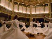 Mevlanas Seele lebt und tanzt im Herzen der Türkei