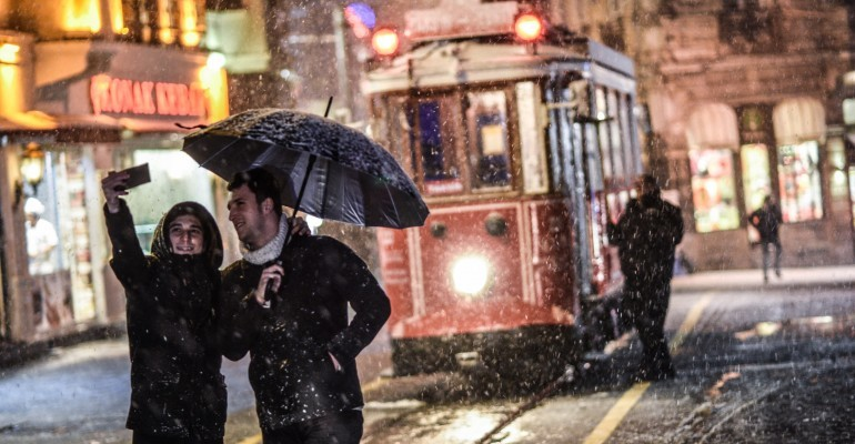 Schneechaos in Istanbul: Winterwunderland am Bosporus