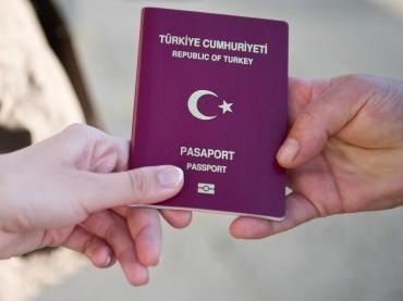 Einbürgerungen von Türken steigen