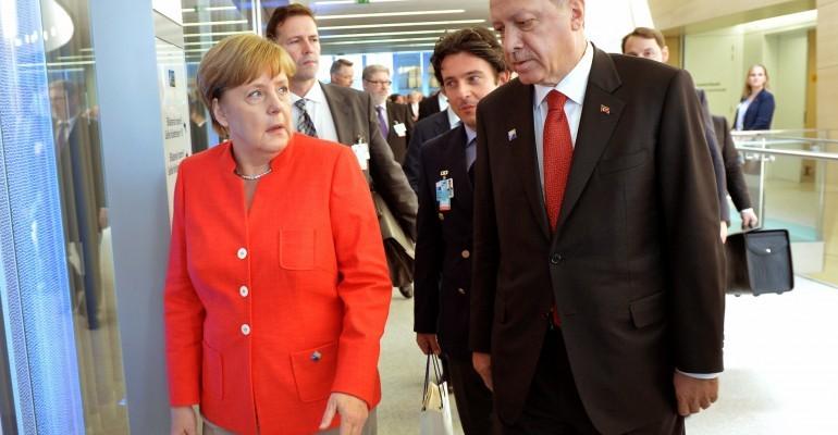 Merkel-Erdogan-Treffen: Zoff um Incirlik geht weiter