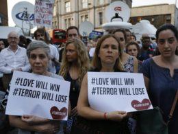 Terroranschlag vor Londoner Moschee: Imam wird als Held gefeiert