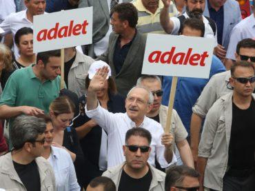 Verhaftung eines Abgeordneten: CHP startet Protestmarsch von Ankara nach Istanbul