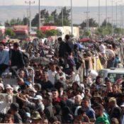 Flüchtlinge in der Türkei machen Bayram in Syrien