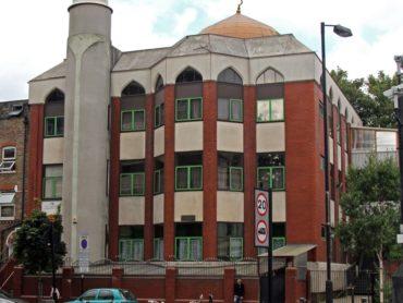 Terror in London: Minivan rast in Fußgänger vor Moschee