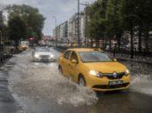 Unwetter in Istanbul: Hagel so groß wie Steine