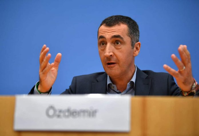 Cem Oezdemir als deutscher Außenminister? Wie steht die Türkei dazu?