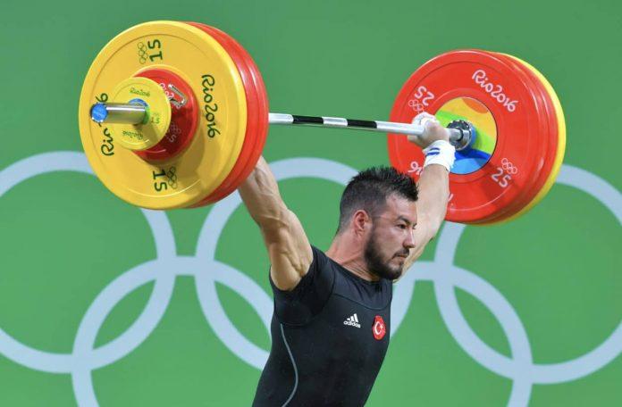 TürkIscher Gewichtsheber bei den Olympischen Spielen in Rio de Janeiro.