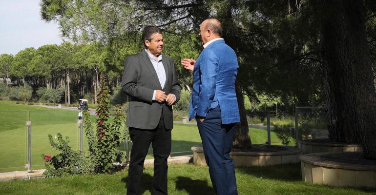 Gabriel: Erstmal wieder in vernünftige Gespräche mit Türkei kommen