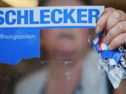 Anklage verlangt Haftstrafen für Schlecker-Familie